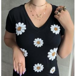 Camiseta Preta Flores